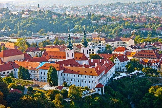 Praha, nadhled, nadmořská výška, přepočet spotřeby plynu z m3 na kWh