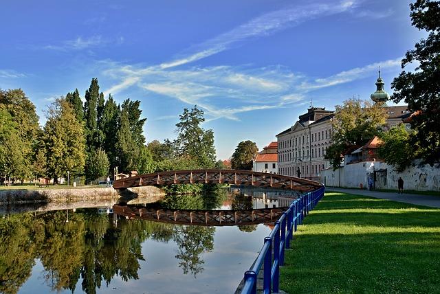České Budějovice, jižní Čechy, dvousložková cena vody, vodné a stočné, paušál za vodoměr