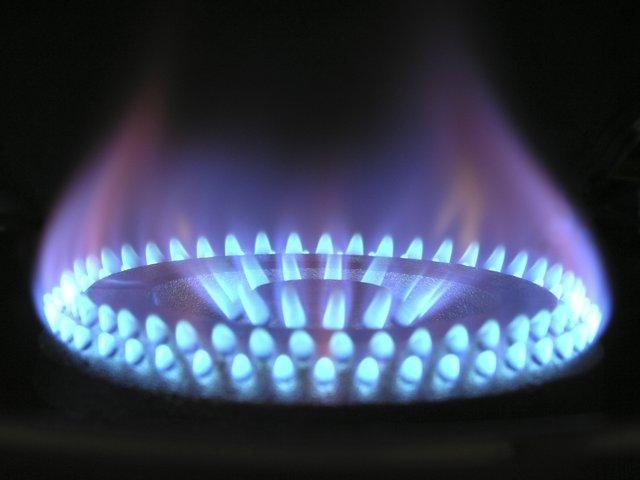 Modrý plamen plynového sporáku